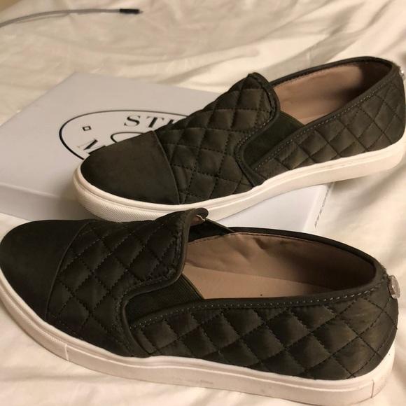 Steve Madden Zaander Slipon Sneaker